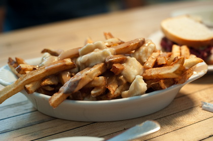 Classic Poutine - Mile End (New York Brooklyn) - MaPoutine.ca
