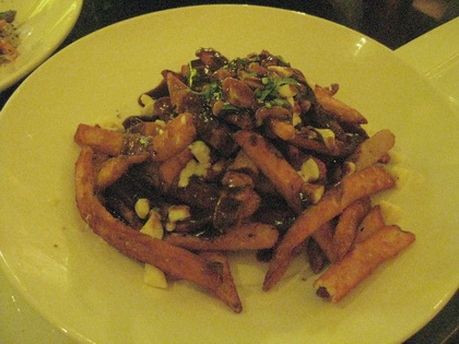 Guinness Poutine - SIP Resto Lounge (Vancouver) - MaPoutine.ca