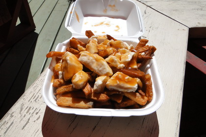 Poutine - Casse-Croûte du Camping Lac Georges (Val-Alain) - MaPoutine.ca