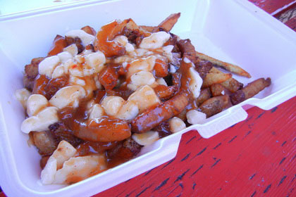 Poutine - The Loose Caboose (Cornwall) - MaPoutine.ca
