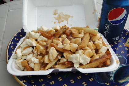 Poutine - Casse-Croûte Roulotte Notre-Dame (Thetford Mines) - MaPoutine.ca