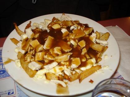 Poutine au poulet - Café aux Délices (Matane) - MaPoutine.ca