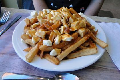 Poutine sauce BBQ - Resto Chez Sylvin (Lévis Saint-Nicolas) - MaPoutine.ca