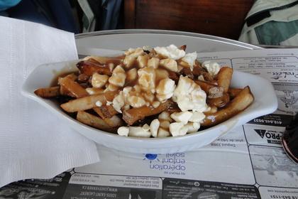Poutine classique - Le Snack Resto (Québec) - MaPoutine.ca