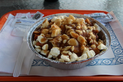 Poutine sauce brune - Casse-Croûte Berida (Lyster) - MaPoutine.ca