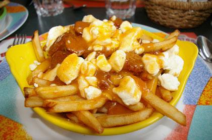Poutine merguez sauce BBQ - Stratos (Tracadie-Sheila) - MaPoutine.ca