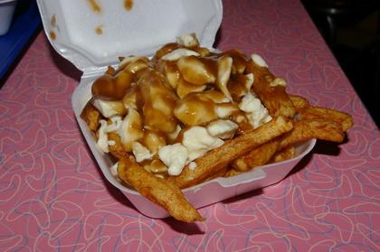 Poutine sauce brune - Pat Retro (Québec Sillery) - MaPoutine.ca
