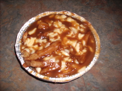 Poutine extra sauce - Valentine (Laval) - MaPoutine.ca
