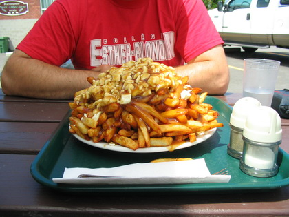 Poutine - Cantine Annie (Victoriaville) - MaPoutine.ca