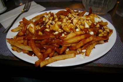 Poutine sauce brune - Casse-Croûte Pierrot (Québec) - MaPoutine.ca