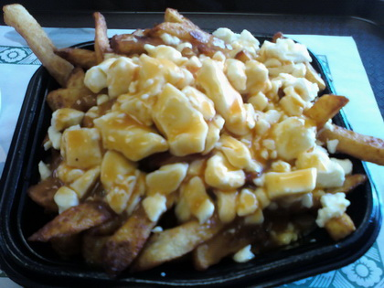 Poutine sauce BBQ - Fromagerie DuMatin - Monsieur Poutine (Sherbrooke) - MaPoutine.ca