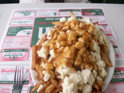 Poutine sauce maison - Cantine Chez Paul (Magog) - MaPoutine.ca