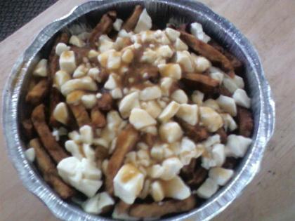 Poutine BBQ - Au Pot Au Feu (Sherbrooke) - MaPoutine.ca