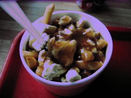 Poutine sauce hot chicken - Le Royaume De La Patate (Plessisville) - MaPoutine.ca
