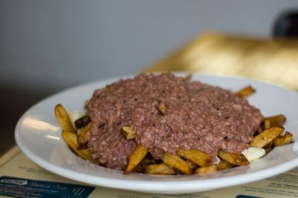 Smoked meat poutine - Caplansky