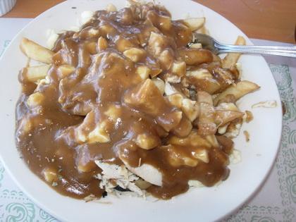 Chicken poutine - Sub Bay (Cornwall) - MaPoutine.ca